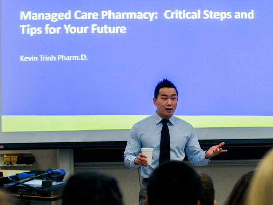 Clinical manager leads university seminar on managed care pharmacy